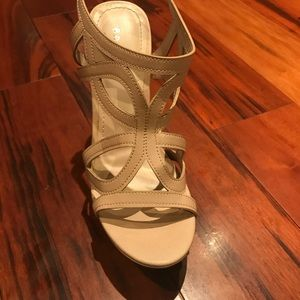 BAMBOO Shoes - Nude wedges size 7.5